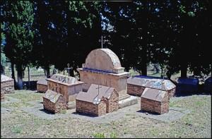 Tombe-per-grandi-e-piccini-forse-gruppo-famigliare-ph-Nino-Giaramidaro