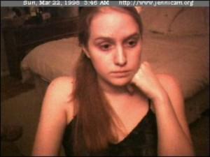 Jennifer-Ringley.-Fotografia-di-sé-stessa-caricata-sul-web-1998
