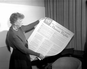 Mrs.-Eleanor-Roosevelt-of-the-United-States-holding-a-Declaration-of-Human-Rights-poster-1-November-1949-ph.-UN-NewsMedia-