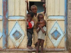 Bambini-in-Eritrea-da-Gruppo-missionario-Shaleku-@-admin.
