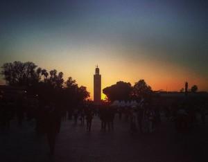 Piazza-Jeema-el-Fna-sunset-Marrakech-ph.-E.-Scopelliti