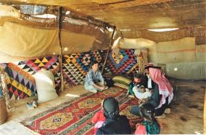 -Deserto-Siriano-tenda-beduina-presso-lOasi-di-Palmira