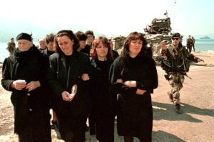Parenti-delle-persone-annegate-nel-canale-d'Otranto-Katër-i-Radës-1997