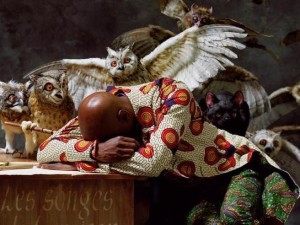 The-Sleep-of-Reason-Produces-Monsters-di-Yinka-Shonibare-1962.
