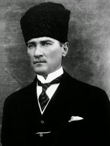 3-mustafa-kemal-ataturk-1923