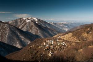 il-paese-di-noci-nella-valle-del-torrente-omonimo-in-comune-di-montoggio-ph-de-lorenzo