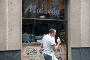 la-nuova-pizzeria-siciliana-makeda-ph-a-battaglia