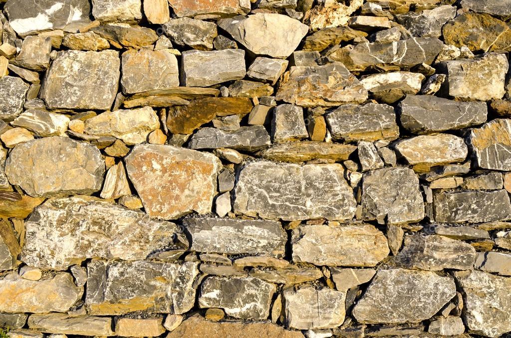 come fare una pietra per lerezione)