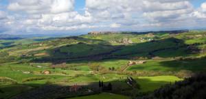 2-monticchiello-paesaggio-cretoso-ph-pietro-clemente