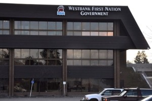 1-west-bank-first-nation-in-kelowna-british-columbia-dipartimento-indigeno-per-la-promozione-della-cultura-nativa