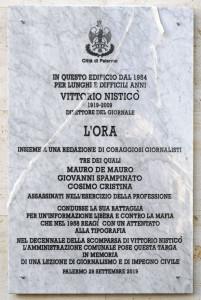 1-la-lapide-dedicata-a-vittorio-nistico