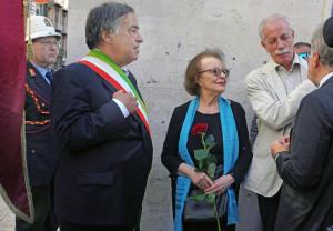 2-il-sindaco-leoluca-orlando-e-la-vedova-nistico-jole-calapso