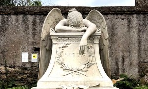 angelo-del-dolore-cimitero-acattolico