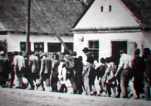 foto-2-gli-ebrei-internati-nel-campo-di-aprica