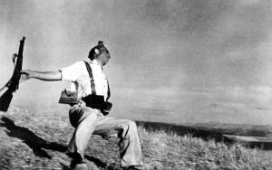 robert-capa-miliziano-morente-1936