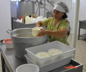 saba-intervista-ad-angela-saba-produzione-formaggio