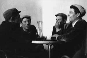093-pastori-allosteria-cantano-il-coro-orgosolo-sardegna-1961