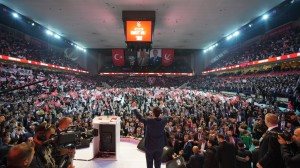 da-fatih-erbakan-leader-degli-islamisti-dello-yeniden-refah-partisi