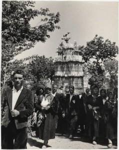 san_fele_processione_verso_la_badia_di_santa_maria_di_pierno_1956