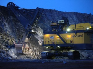 22-ore-extraction-in-diavik-mine