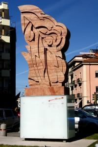 paracarro-bifrontale_consagra-1991-marmo-rosato-di-toscana-cm-406x210x84-cosenza