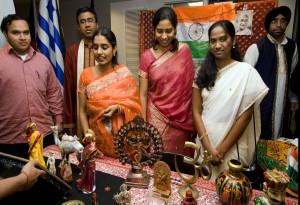 india_community_2006_ted-sherarts