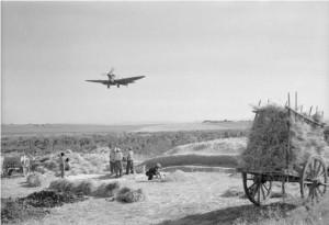 aaa-1943-bombardiere