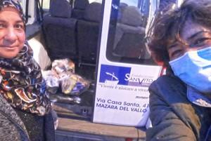 foto-4-volontarie-della-fondazione-san-vito-onlus-di-mazara-del-vallo