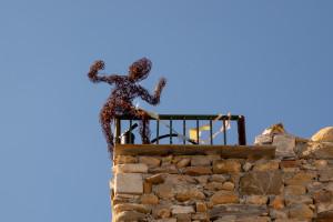 uomo-sul-tetto