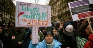 manifestazione-contro-la-legge-sul-separatismo-infolibertaire-net