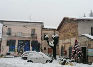 piazza-deserta-bernardino-adriani-1