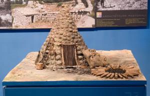 modellino-di-pagghiaru-di-cravunara-nel-museo-cocchiara
