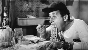 alberto_sordi_-_scena_degli_spaghetti_-_un_americano_a_roma_1954