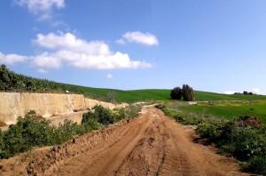 strada-provinciale-9-nei-pressi-della-diga-garcia