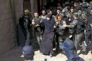 israeli-border-police-officers-scuffle-with-palestinian-women-in-the-old-city-of-jerusalem-on-sunday-israeli-police-said-they-entered-the-al-aqsa-mosque-a-holy-jerusalem-site-to-prevent-arab-youths