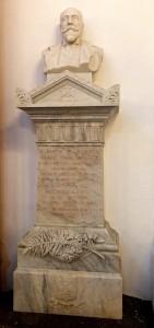 Busto e monumento di Orazio Fatta Rampolla, figlio di Giovanni, nella Chiesa Madre di Polizzi