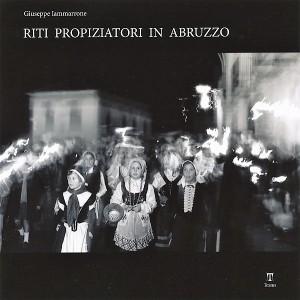 il-volume-edito-da-textus-2007-con-prefazione-di-alberto-m-cirese