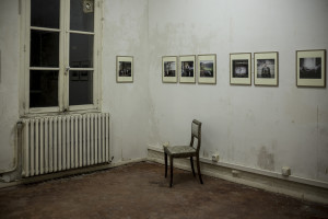 Istallazioni di mostre dentro appartamenti privati o sfitti (ph. Giuseppe Sinatra)