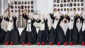 Eracle di Euripide, Coro, Siracusa 2018 (ph. Centaro)